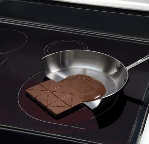 The chocolate only melt on the magnetic side